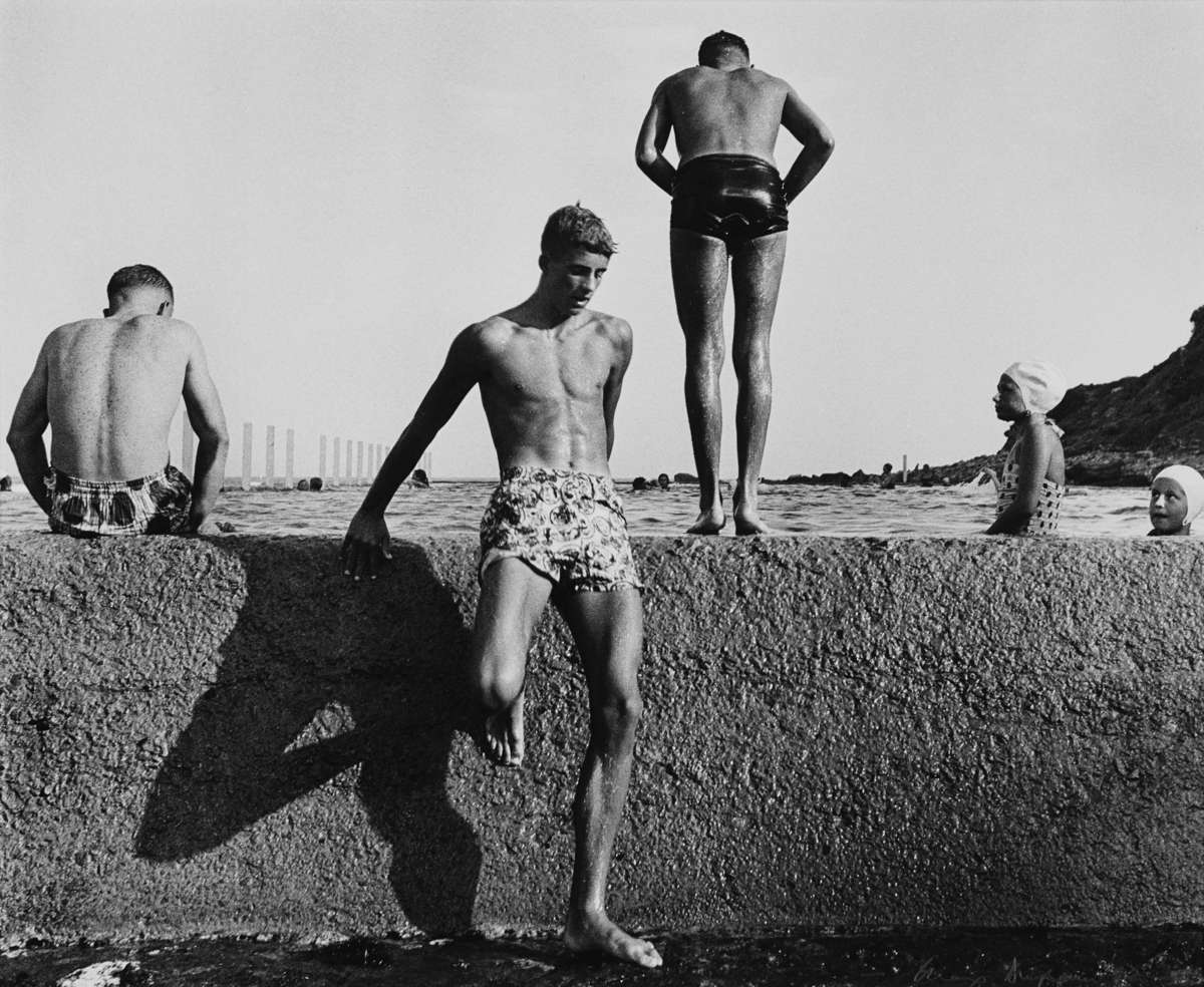 Max Dupain At Newport 1952. Silver gelatin photograph printed 1987. ANMM Collection 00001259.