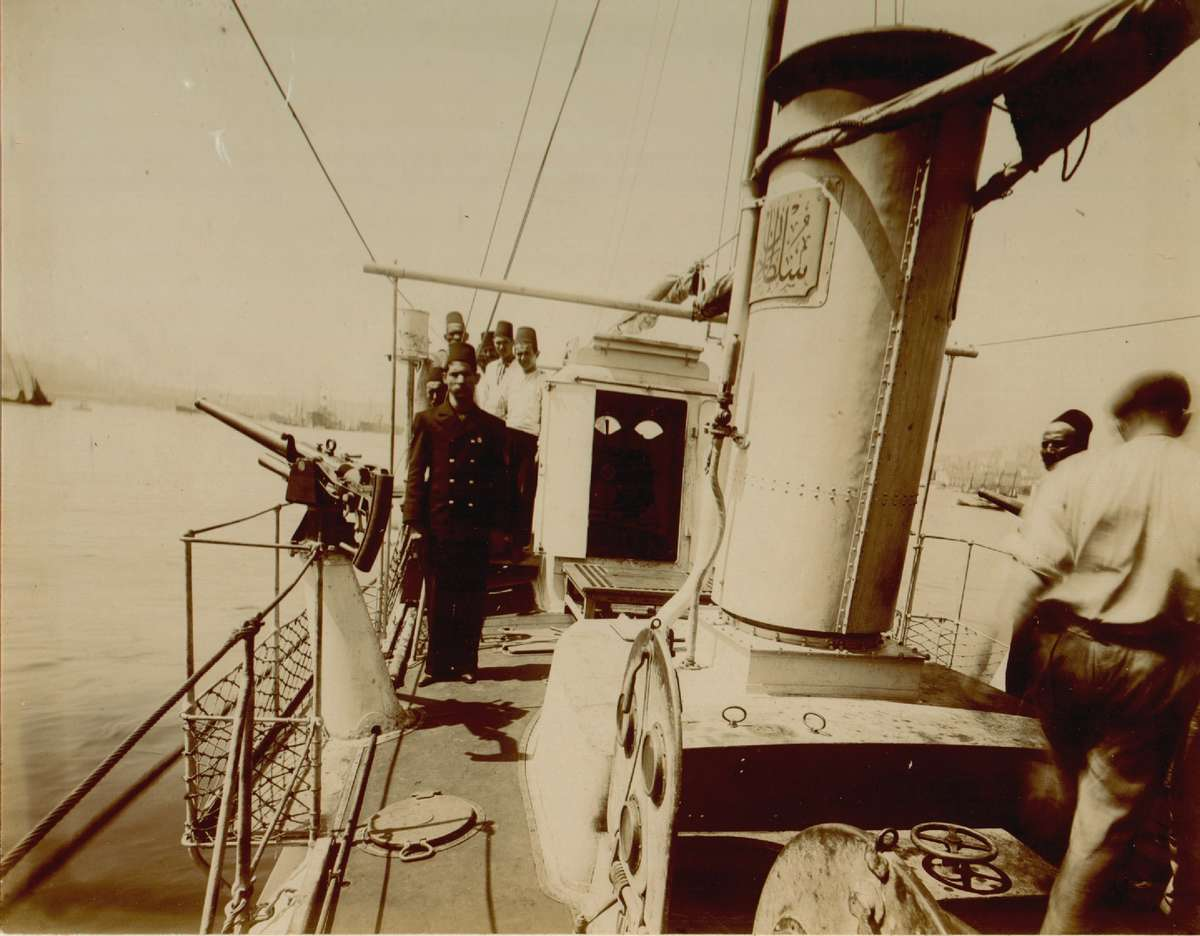On board Sultanhisar c1915. Image: Turkish Naval Museum.
