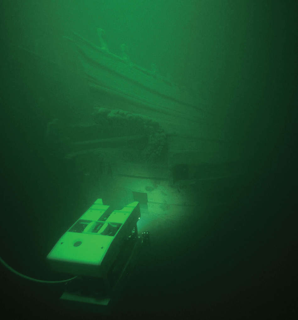 An ROV peeping through the windows in the stern. Marin Mätteknik/Deep Sea Productions