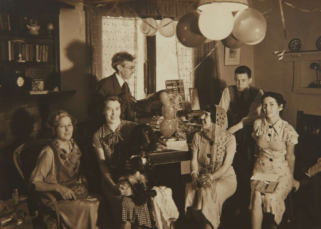 The Cazneaux family at home. Image: Reproduced courtesy the Cazneaux family.