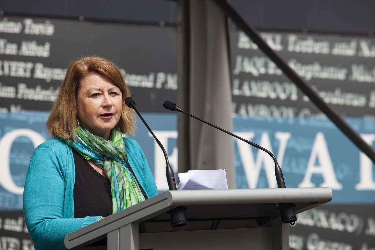 Ilse Fait speaks at the Welcome Wall ceremony September 2016. Image: Andrew Frolows / ANMM.