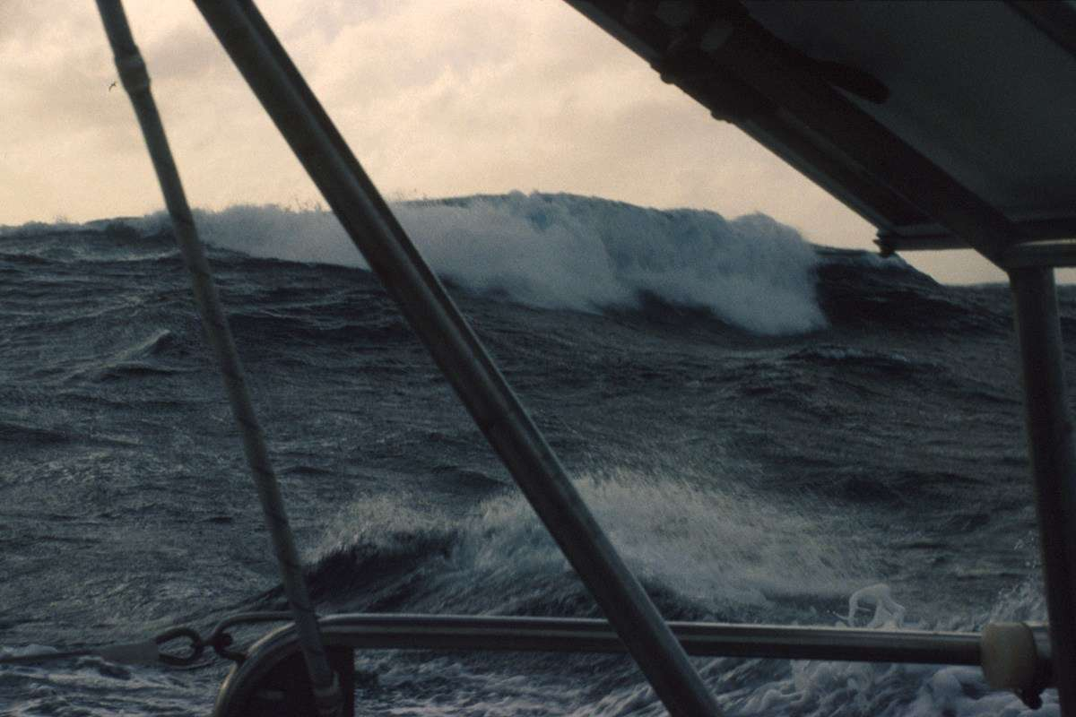 Crest of a huge wave in the Southern Ocean. ANMM Collection, reproduced courtesy Kay Cottee.