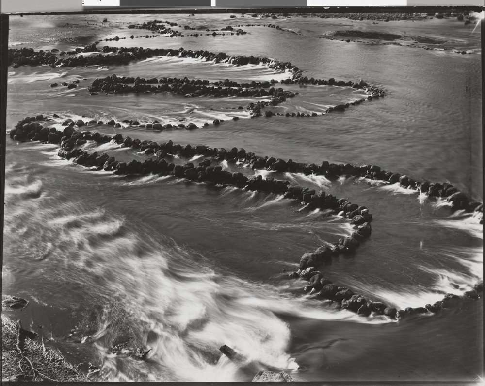 Aboriginal fish traps made from rocks, Darling River, N.S.W, 1938. State Library Victoria. There are many other examples of Aboriginal fishing and aquaculture sites around Australia. Thomas Mitchell had seen