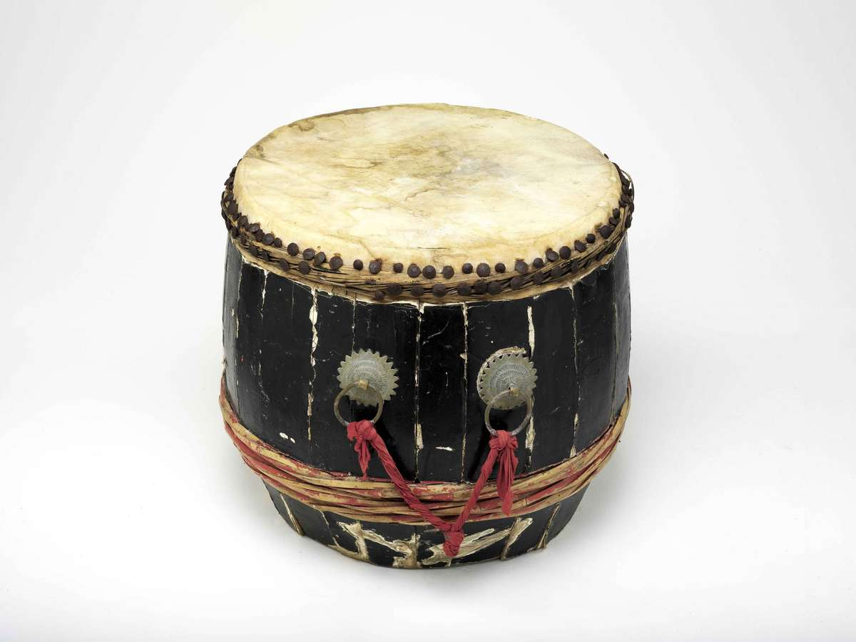 Dragon boat drum. ANMM Collection 00039730. Gift from Carlos Ung.
