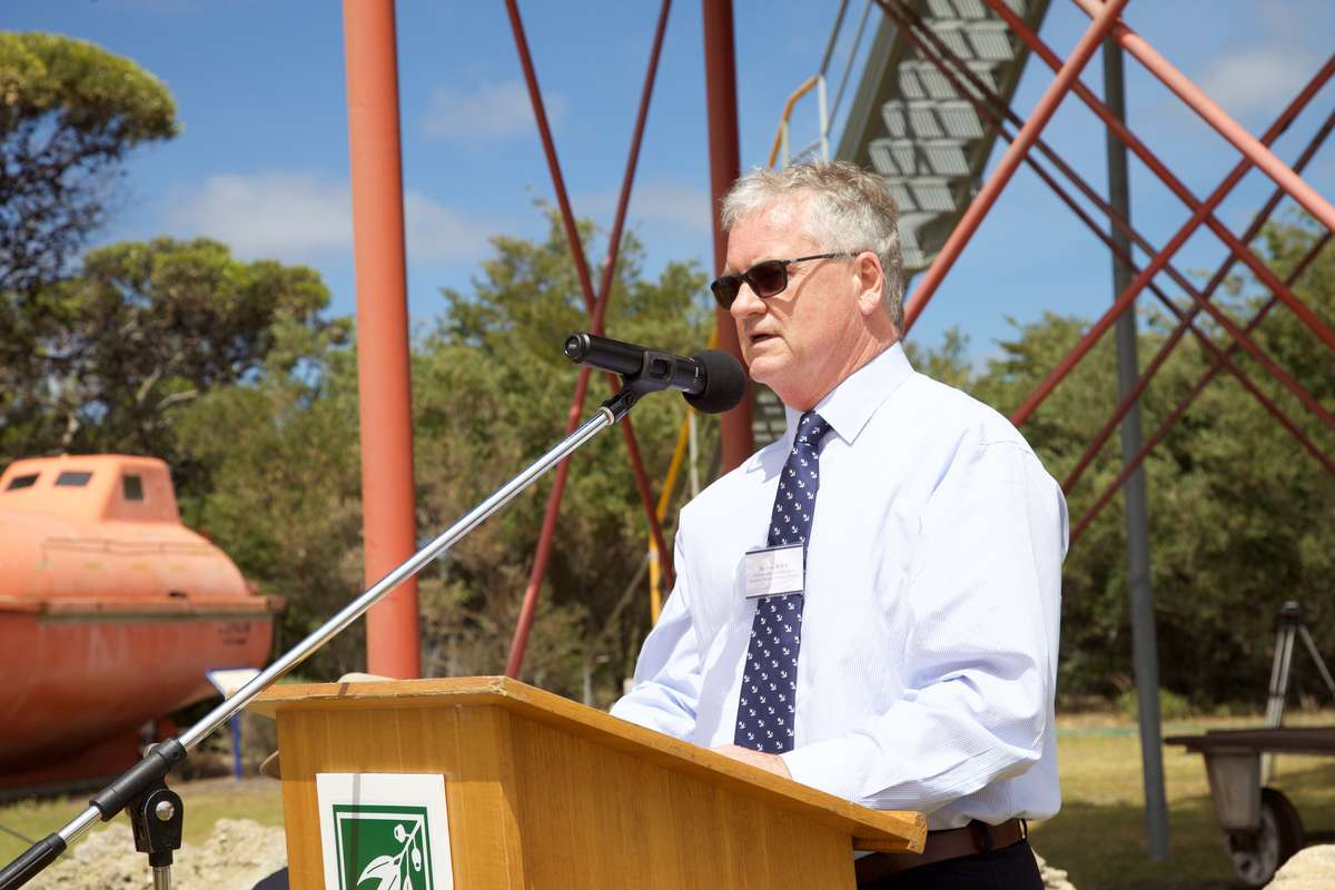 Mr. Peter Rout, Assistant Director, Operations, ANMM, speaking at the opening of the Margaret Brock Room in the grounds of the Cape Jaffa Lighthouse, 26th November 2016. (Photo: Mandy Dureau)