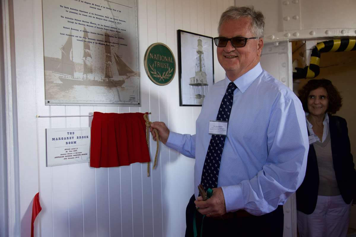 Mr. Peter Rout, ANMM, unveiling the plaque to open the Margaret Brock Room. (Photo: Mandy Dureau)
