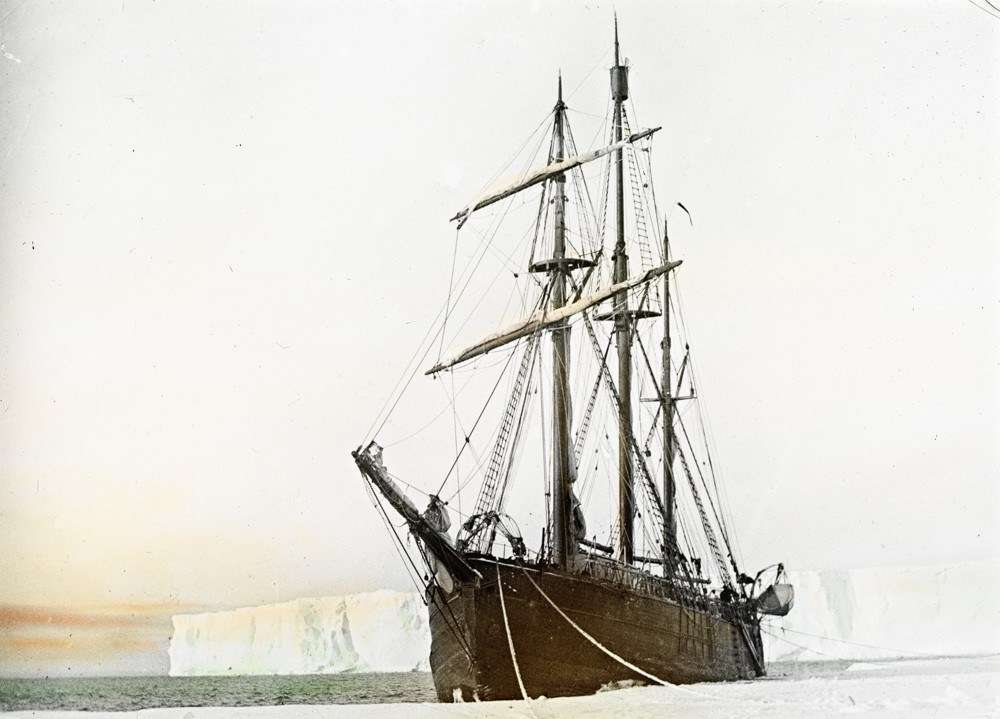 Fram moored at the Bay of Whales, Ross Ice Shelf. Image: Photographer unidentified courtesy Fram Museum.