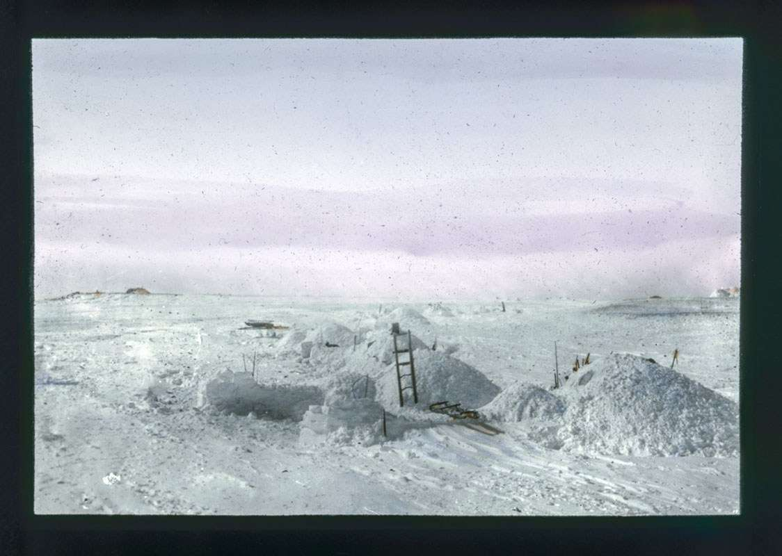An inuit camp. Image: Photographer unidentified, courtesy Fram Museum.