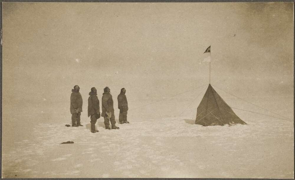 The successful explorers at the South Pole, from left Roald Amundsen, Helmer Hanssen, Sverre Hassel and Oscar Wisting, December 17, 1911. Photographer Olav Bjaaland, the fifth member of the Poler team. From