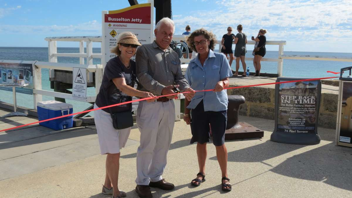 "Cutting the ribbon on the new trail. Image: <a href=""http://www.busseltonjetty.com.au"">Busselton Jetty</a>."