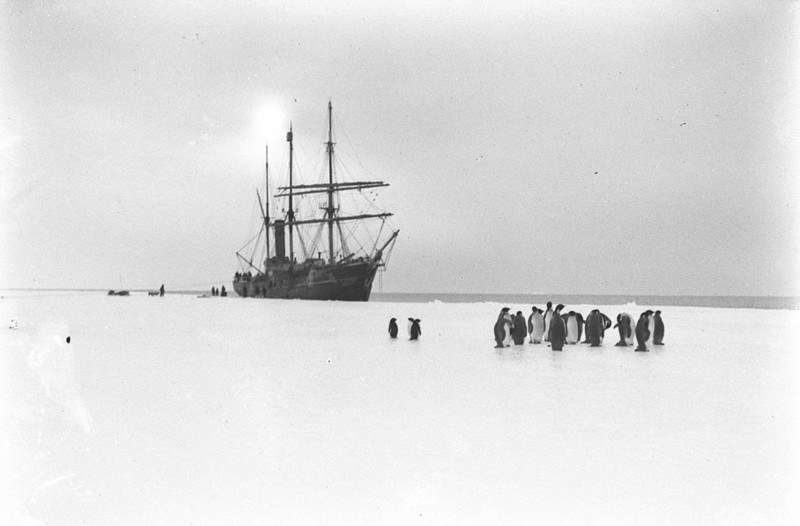 Aurora alongside the ice off Western Base, photographer Frank Hurley, February 1913, courtesy State Library of NSW