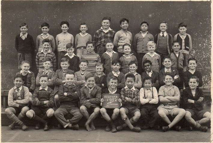 1952 school photo of Albert (3rd from right standing in the back row). Image courtesy Millie Soo.