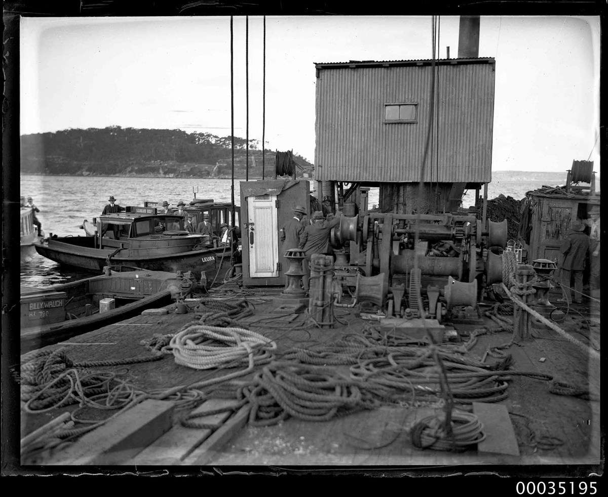 Sheerlegs crane used in the salvaging and recovery efforts. ANMM Collection 00035195, Samuel J Hood Studio.