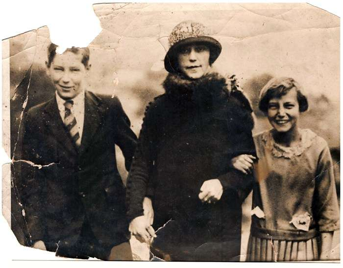 Betty with her mother, Olive Beatrice and brother, Neville Sharp, the year before her death (1926). Elizabeth O'Connor Collection.
