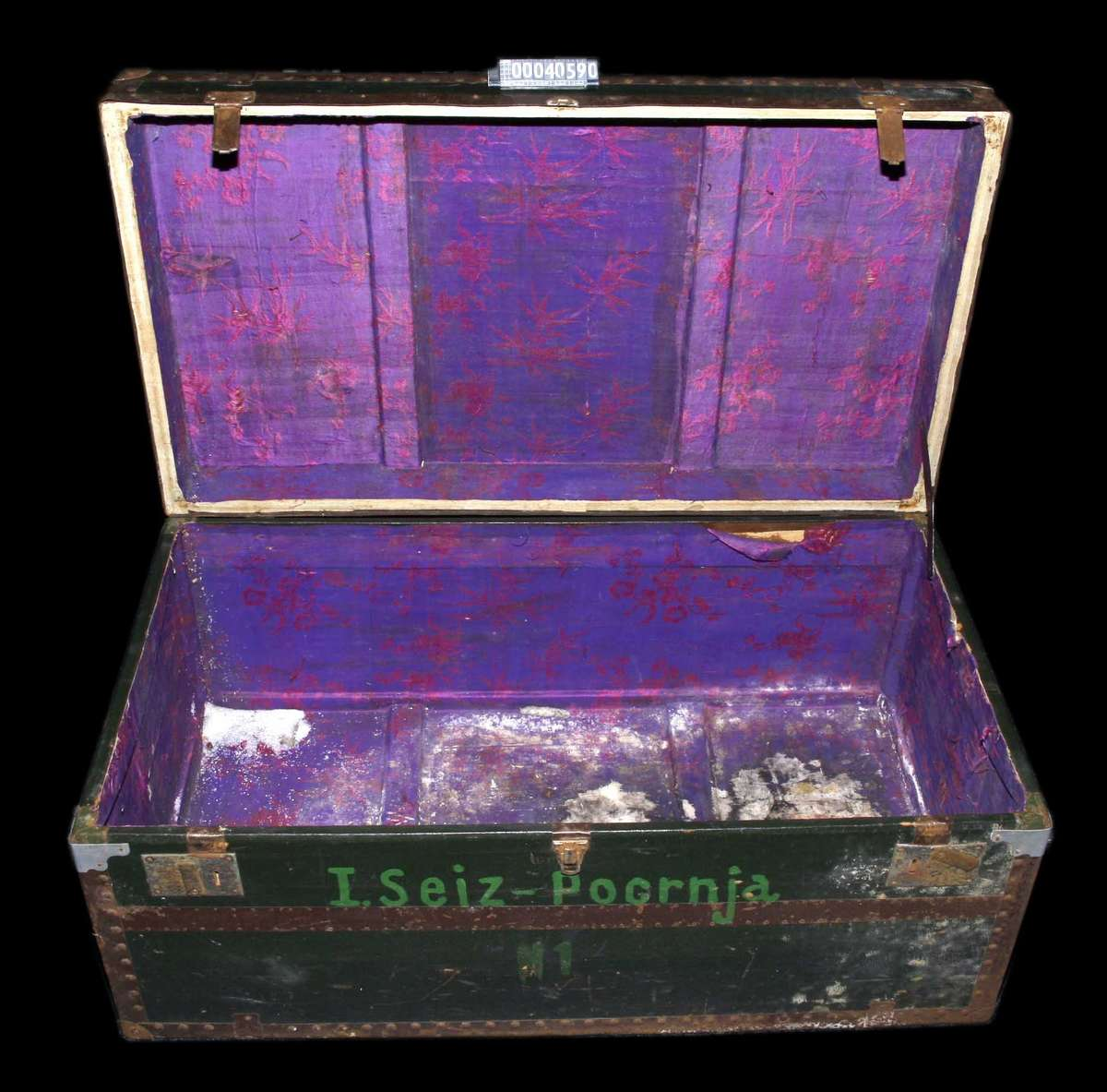 Travelling trunk belonging to the Seiz family, c 1955. ANMM Collection Gift from Natalie Seiz 00040590