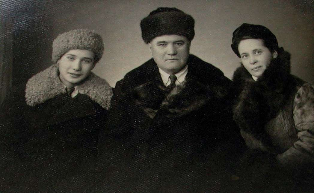 White Russians Eugene, Ilia and Katherine Seiz in Harbin, China, 1940s. Reproduced courtesy Natalie Seiz.