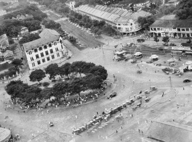 After its occupation in July 1941, Saigon remained under mixed Japanese and French control until the conclusion of the Pacific War in September 1945, when this aerial photograph was taken. Image: Australian War Memorial, P031 32.009.