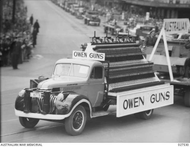 "A display of Owen sub-machine guns. <a href=""https://www.awm.gov.au/collection/027530"">AWM Collection</a>."