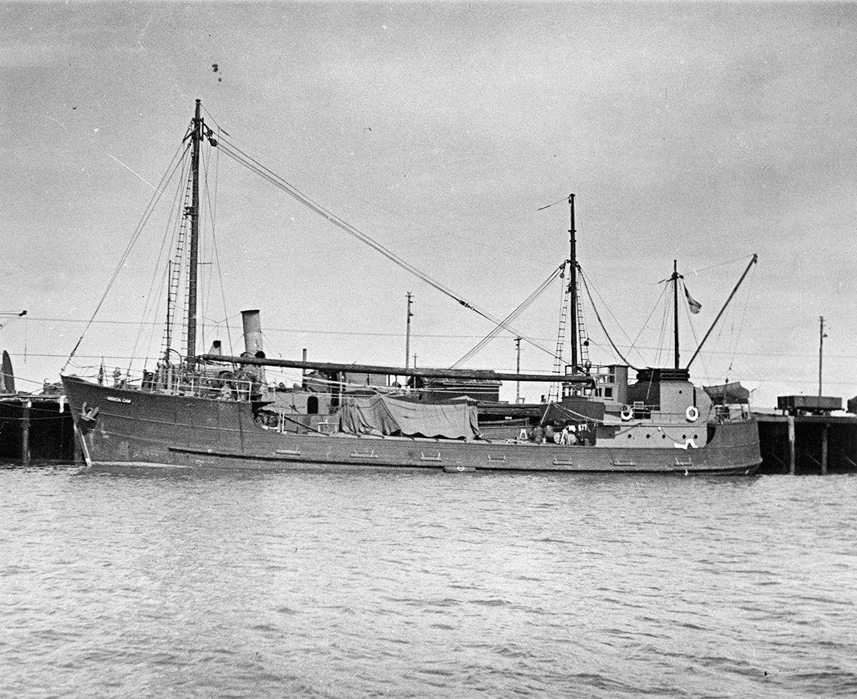 """HMAS <em>Patricia Cam</em>, c.1942. Image: <a href=""""http://images.navy.gov.au/""""> Royal Australian Navy</a>."""