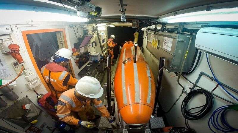 The Hugin 3000 AUV being prepared for deployment. Image: Bayden Findlay/ Find the Men of AE1 Ltd.