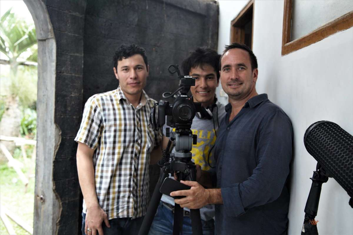 Muzafar Ali, Khadim Dai and Jolyon Hoff during early days of shooting. Courtesy The Staging Post/Cisarua Learning.