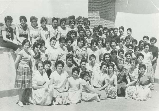 Group of Spanish immigrants from Plan Marta, early 1960s. Courtesy Archivo Gráfico de Carta de España.