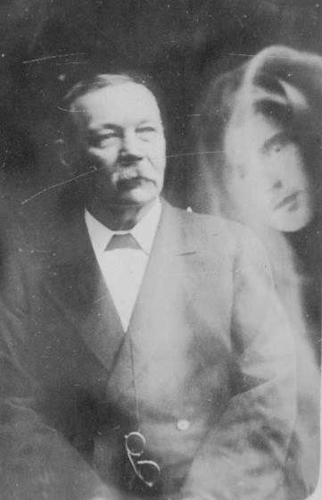 "Sir Arthur Conan Doyle Doyle was a dedicated spiritualist himself and took a particular interest in the case of William and Hugh Browne. Doyle felt that the tale 'should have converted the city as surely as if an angel had walked down Collins Street'. Image: <a href=""https://www.torontopubliclibrary.ca/detail.jsp?Entt=RDMDC-ACD-SPIRITPHOTO-MYSON&R=DC-ACD-SPIRITPHOTO-MYSON"">Toronto Public Library</a>."