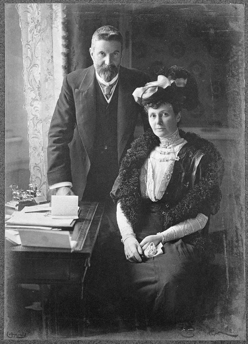 Elizabeth 'Pattie' Browne and her husband, Sir Alfred Deakin, were both involved in the Spiritualism movement. Image: National Library of Australia.