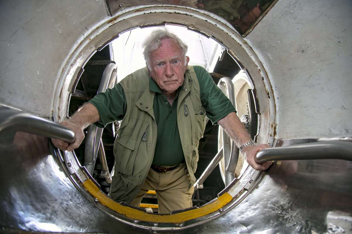 Don Walsh implores young science lovers to <em>'go to sea – there's so much to be discovered'</em>. Image: Andrew Frolows/ANMM.