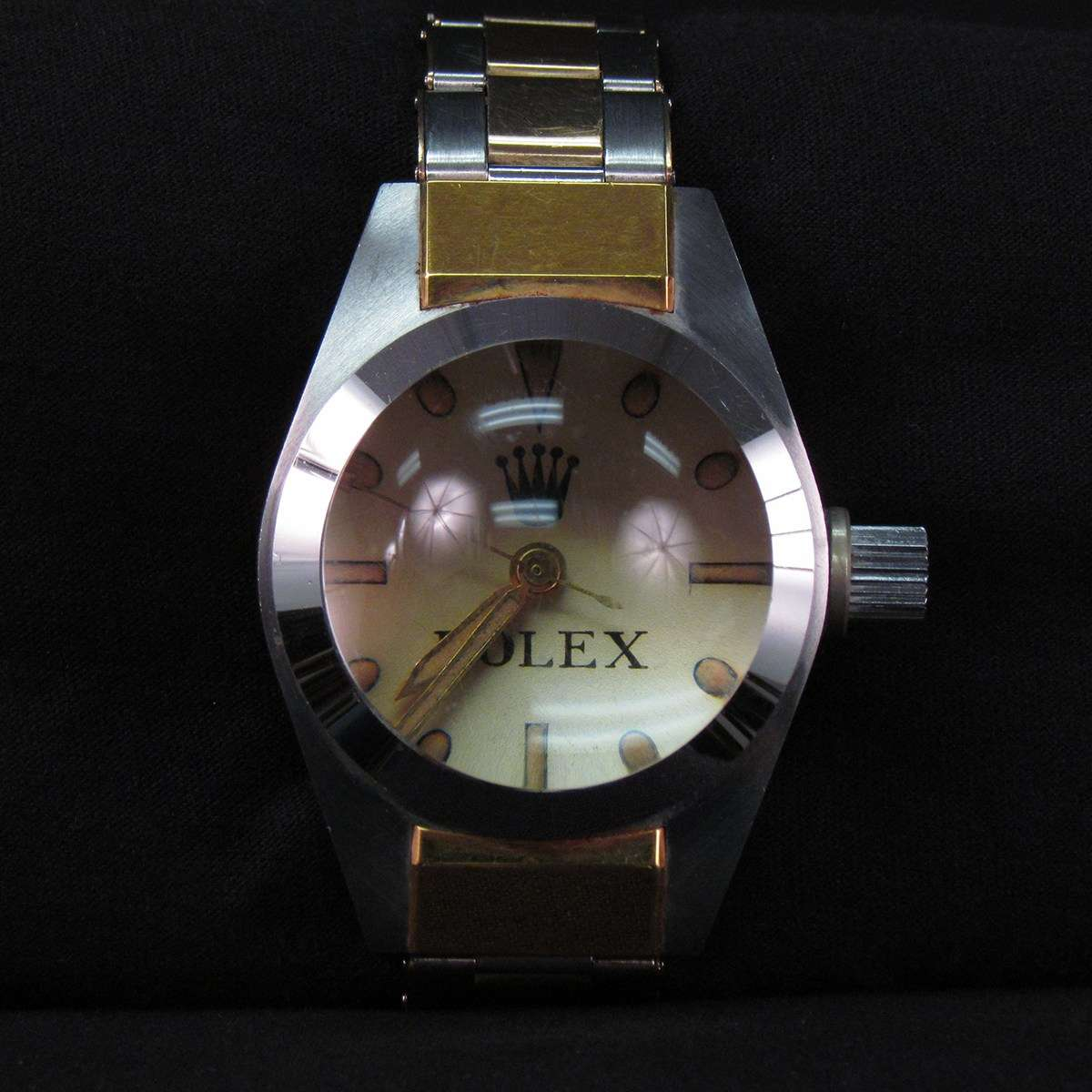 This experimental Rolex watch was attached to the bathyscaphe <em>Trieste </em>when it reached the ocean floor in the Challenger Deep, on 23 January 1960. Image: ANMM. On loan from the Smithsonian Institution.