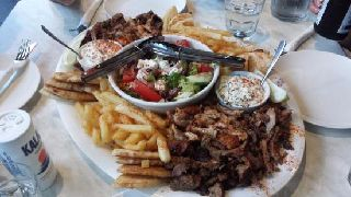 mixed-meat-platter-with