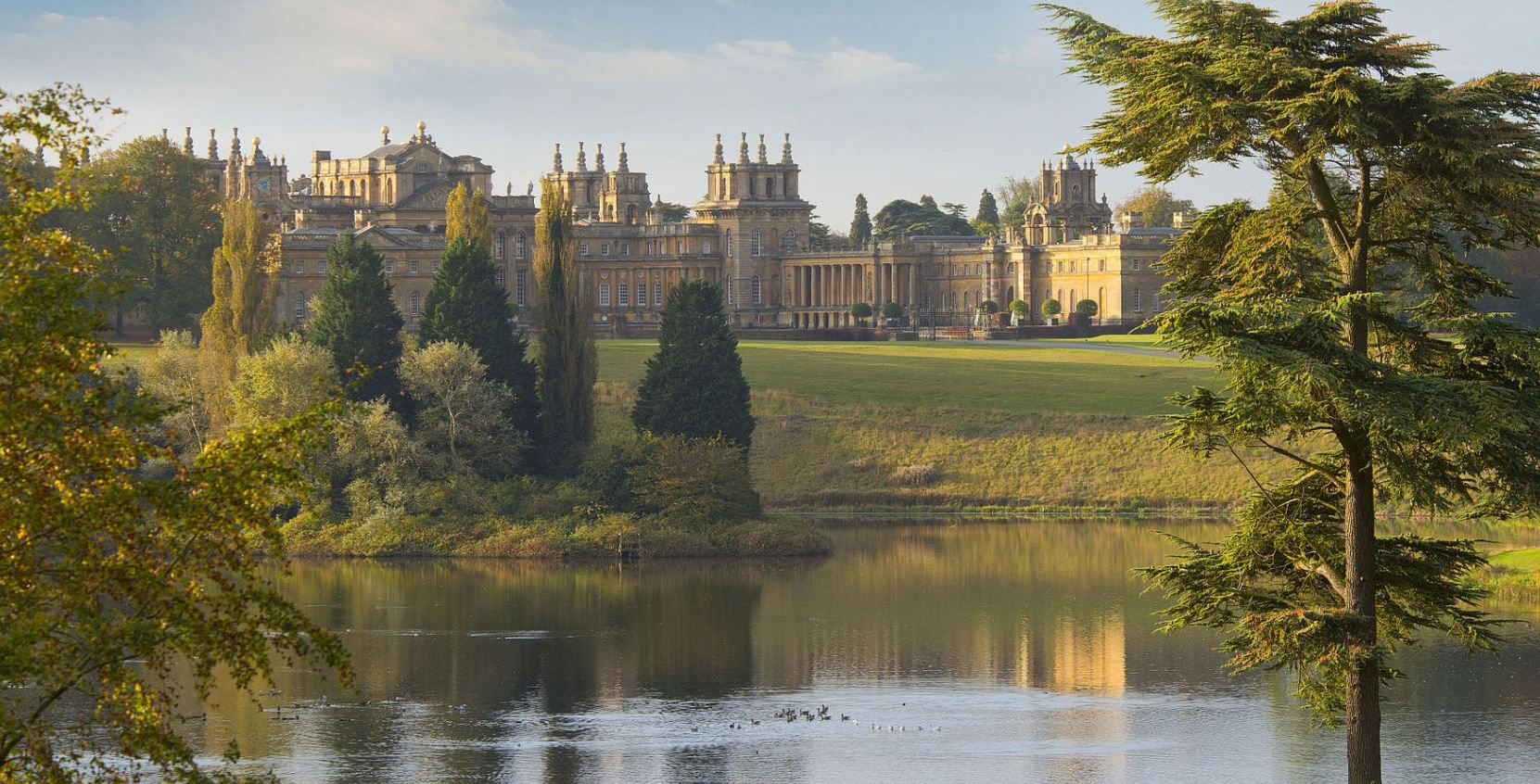 Magnificent Mansions - Blenheim Palace
