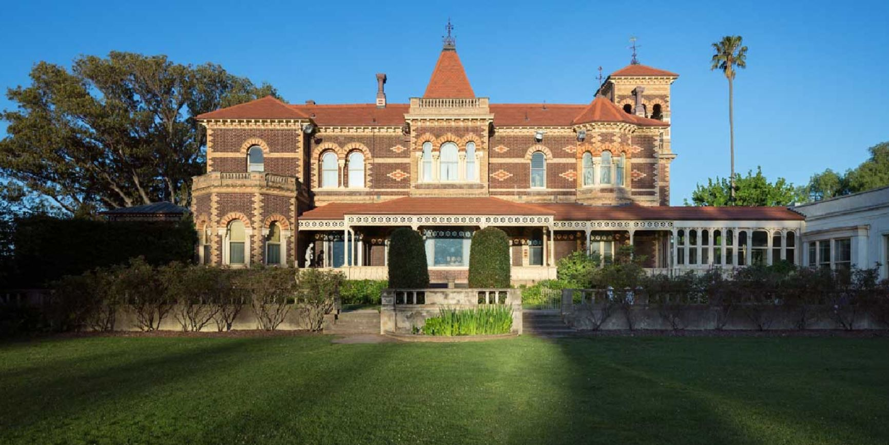 Magnificent Mansions – Rippon Lea