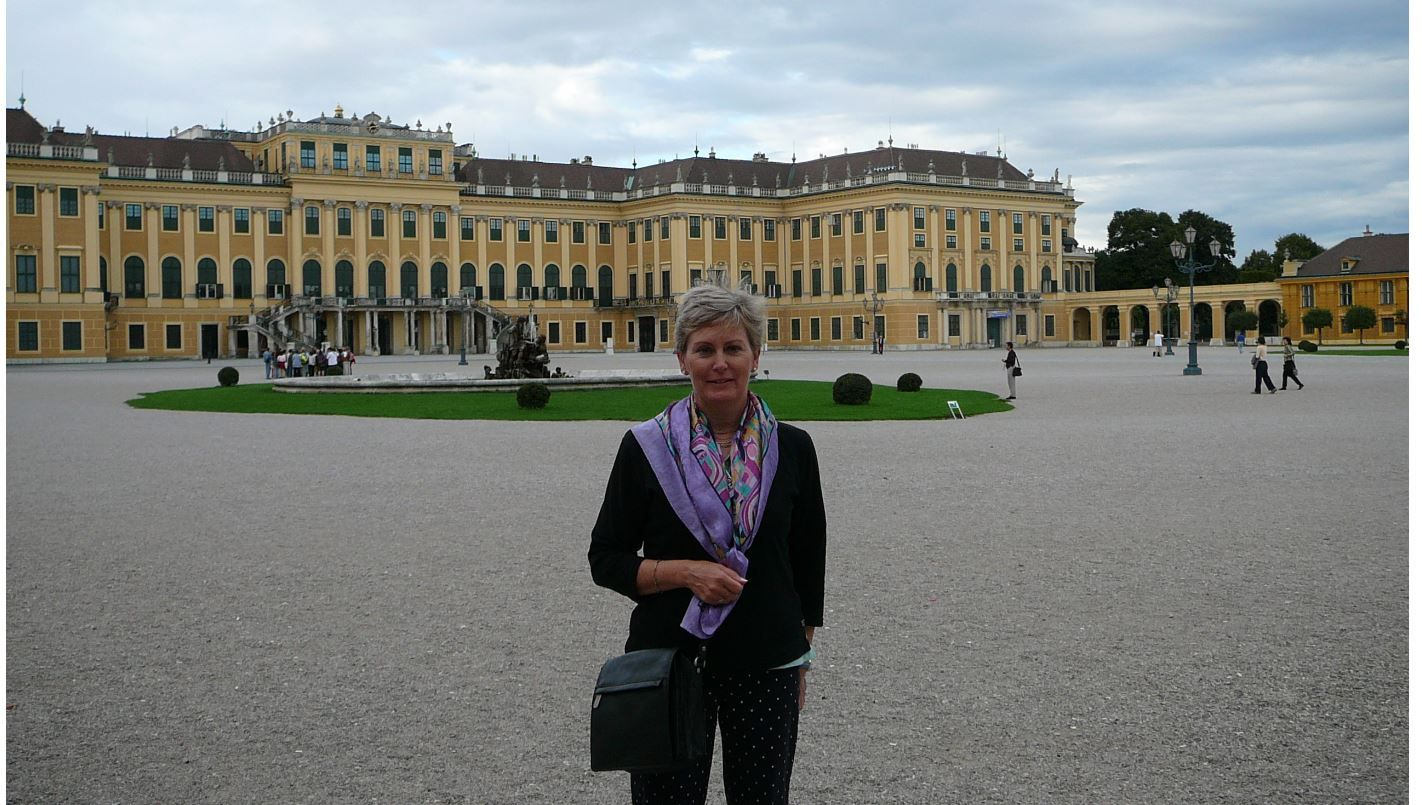 Magnificent Mansions - Schönbrunn Palace