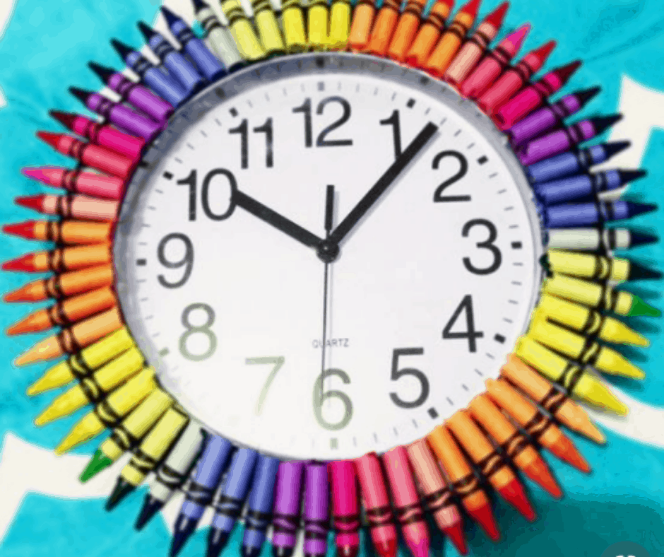 DIY Crayon clock