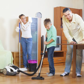 5 Savvy Tips For Cleaning The House With The Kids