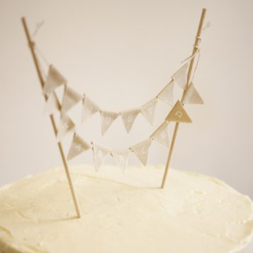 3 Mini Cake Bunting Ideas