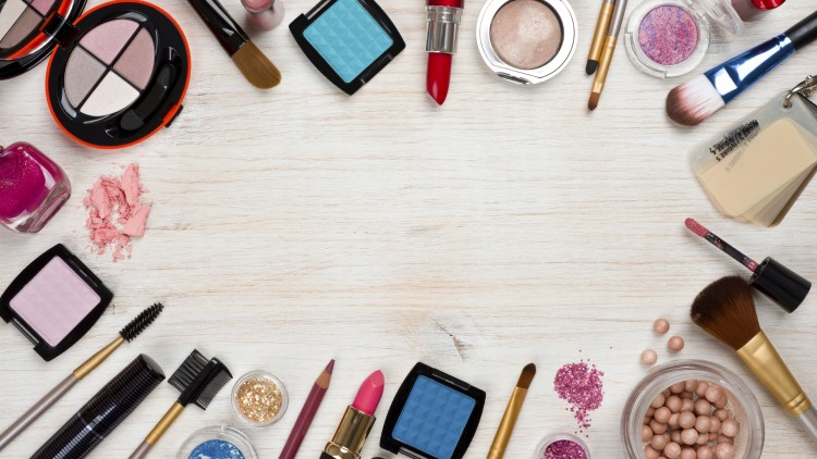 Top 5 Beauty Tools Must Haves The Reject Shop