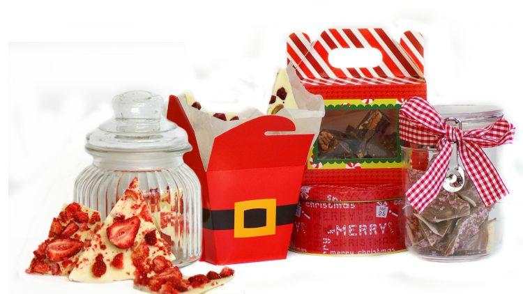 12 Christmas Chocolate Bark Recipes