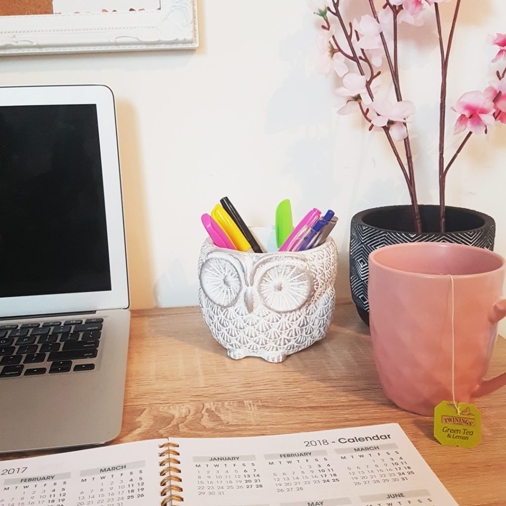 desk stationery