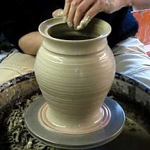 Learn to make plates, vases, cups, bowls, jugs on the pottery wheel | Shinhee Ma