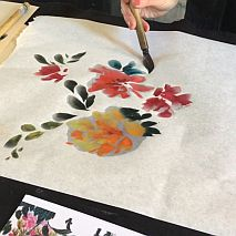 Exploring Birds and Flowers in Contemporary Chinese Brush Painting with Bronwen Wade-Leeuwen