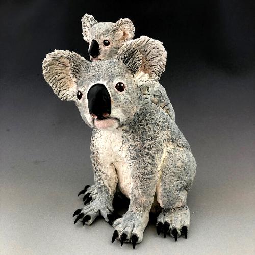Online | Handbuilding Ceramics | Native animal sculptures in clay with Tanya Bechara