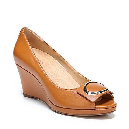 OLINA WEDGES IN CAMELOT