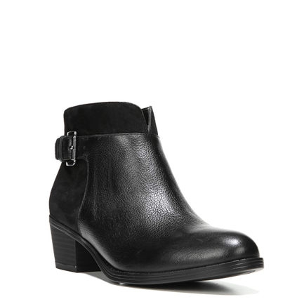 WANYA ANKLE BOOTS IN BLACK