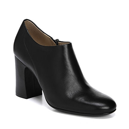 SYBIL ANKLE BOOTS IN BLACK
