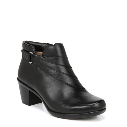 EMILIA ANKLE BOOTS IN BLACK