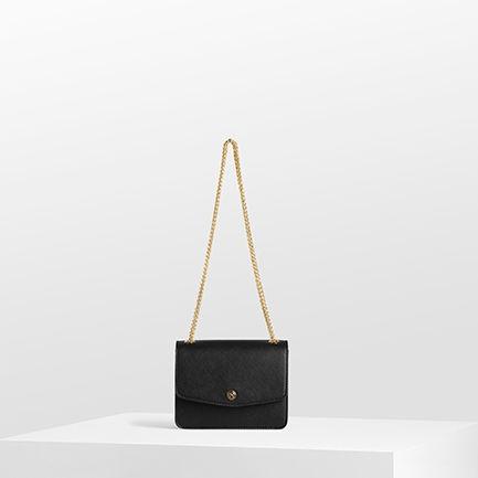 BETTY BAGS IN BLACK