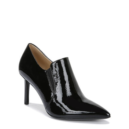 ALLIE ANKLE BOOTS IN BLACK PATENT