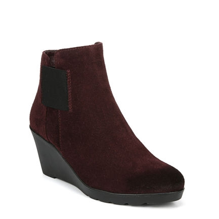 LAILA ANKLE BOOTS IN BORDO